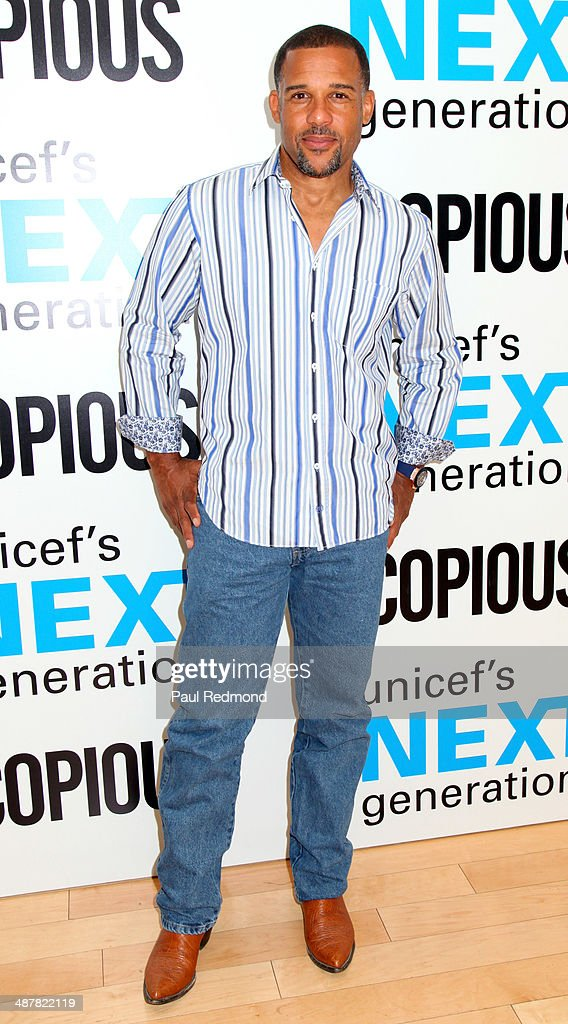 Actor <a gi-track='captionPersonalityLinkClicked' href=/galleries/search?phrase=Peter+Parros&family=editorial&specificpeople=2860534 ng-click='$event.stopPropagation()'>Peter Parros</a> attends 1st Annual UNICEF NextGen LA Photo Benefit at SkyBar at the Mondrian Los Angeles on May 1, 2014 in West Hollywood, California.