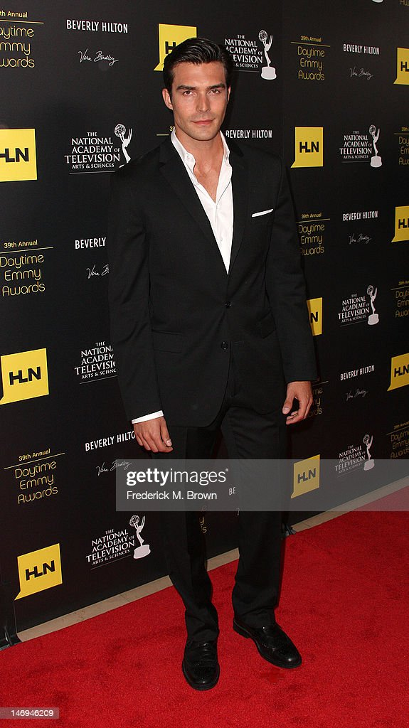 Actor Peter Porter attends the 39th Annual Daytime Entertainment Emmy Awards at The Beverly Hilton Hotel on June 23, 2012 in Beverly Hills, California.
