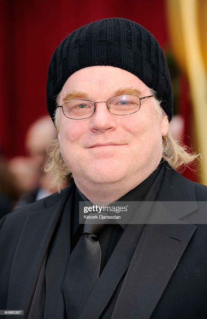 Actor Philip Seymour Hoffman arrives at the 81st Annual Academy Awards held at Kodak Theatre on February 22 2009 in Los Angeles California