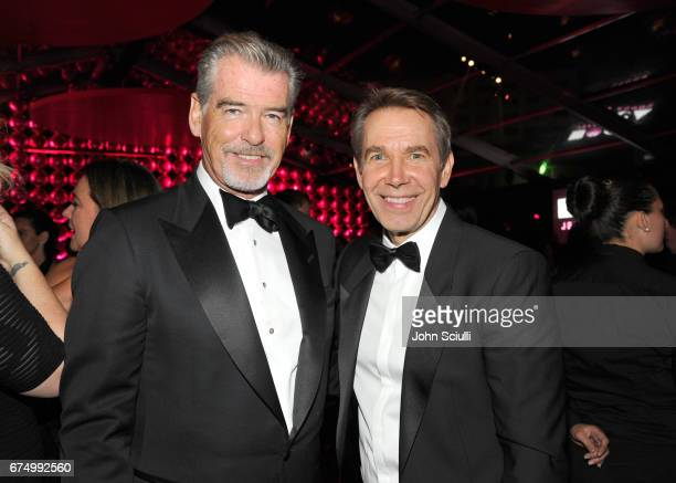 Actor Pierce Brosnan and Honoree Jeff Koons at the MOCA Gala 2017 honoring Jeff Koons at The Geffen Contemporary at MOCA on April 29 2017 in Los...