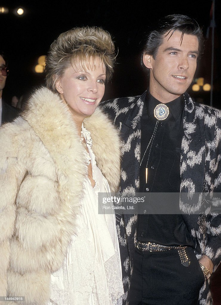 Actor Pierce Brosnan and wife Cassandra Harris attend the 'Out of Africa' Century City Premiere on December 10, 1985 at Plitt's Century Plaza Theatres in Century City, California.
