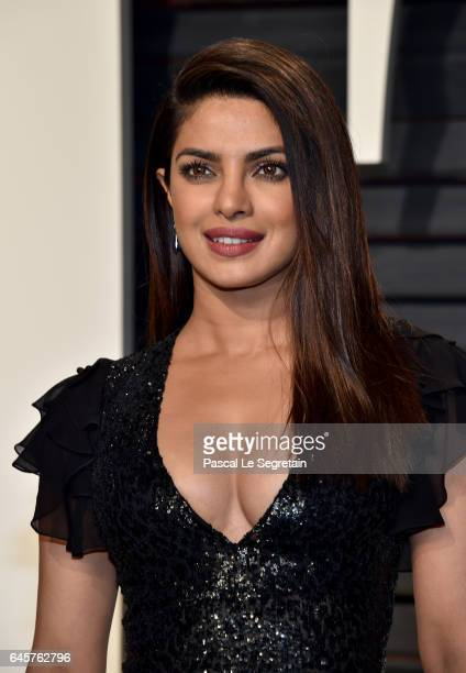 Actor Priyanka Chopra attends the 2017 Vanity Fair Oscar Party hosted by Graydon Carter at Wallis Annenberg Center for the Performing Arts on...