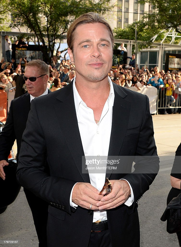 Actor/ producer <a gi-track='captionPersonalityLinkClicked' href=/galleries/search?phrase=Brad+Pitt+-+Actor&family=editorial&specificpeople=201682 ng-click='$event.stopPropagation()'>Brad Pitt</a> arrives at the '12 Years A Slave' Premiere during the 2013 Toronto International Film Festival at Princess of Wales Theatre on September 6, 2013 in Toronto, Canada.