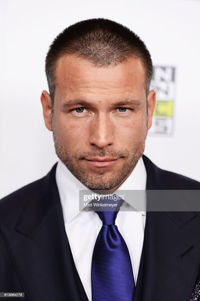 Actor Rafael Amaya attends the 2016 Latin American Music Awards at Dolby Theatre on October 6, 2016 in Hollywood, California.