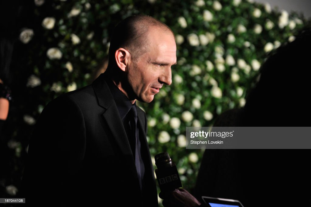 Actor <a gi-track='captionPersonalityLinkClicked' href=/galleries/search?phrase=Ralph+Fiennes&family=editorial&specificpeople=206461 ng-click='$event.stopPropagation()'>Ralph Fiennes</a> attends The Museum of Modern Art Film Benefit: A Tribute to Tilda Swinton reception at Museum of Modern Art on November 5, 2013 in New York City.