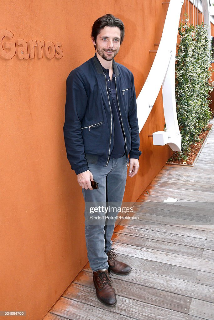 Actor Raphael Personnaz attends the 2016 French Tennis Open - Day Six at Roland Garros on May 27, 2016 in Paris, France.