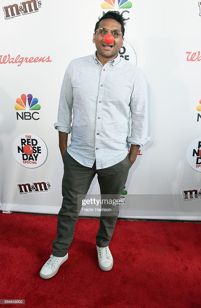 Actor Ravi Patel attends The Red Nose Day Special on NBC at Alfred Hitchcock Theater at Universal Studios on May 26, 2016 in Universal City, California.