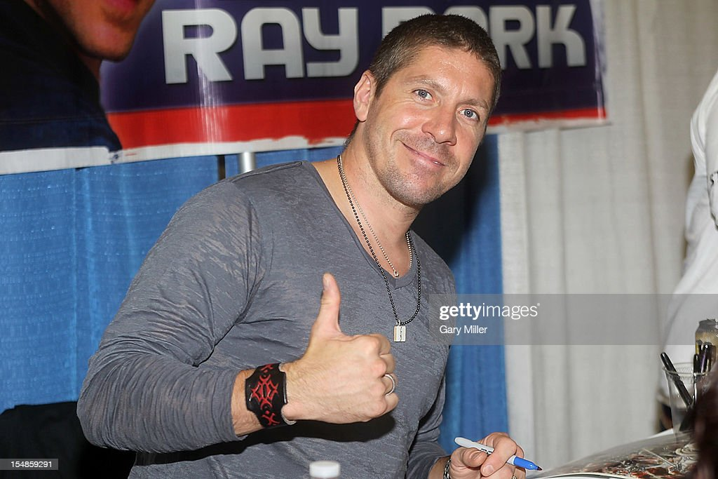 Actor <a gi-track='captionPersonalityLinkClicked' href=/galleries/search?phrase=Ray+Park&family=editorial&specificpeople=651265 ng-click='$event.stopPropagation()'>Ray Park</a> attends the Wizard World Austin Comic Convention at the Austin Convention Center on October 27, 2012 in Austin, Texas.
