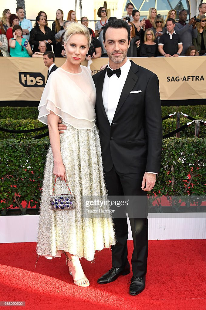 Actor Reid Scott (R) and Elspeth Keller attend The 23rd Annual Screen Actors Guild Awards at The Shrine Auditorium on January 29, 2017 in Los Angeles, California. 26592_008