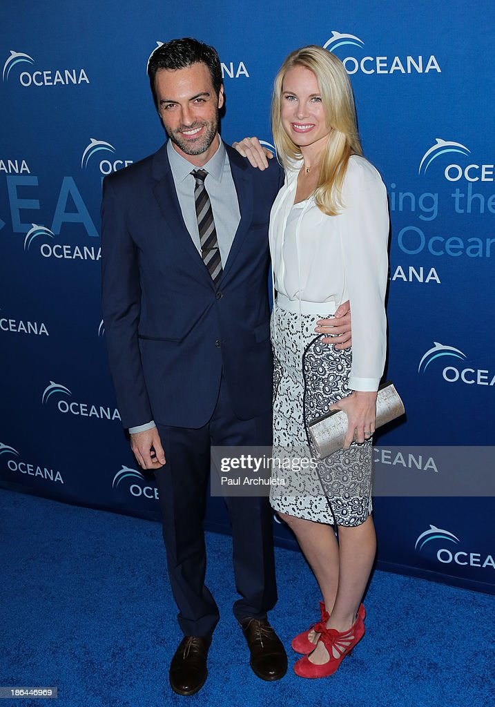 Actor Reid Scott (L) attends the Oceana Partners Award Gala at the Regent Beverly Wilshire Hotel on October 30, 2013 in Beverly Hills, California.