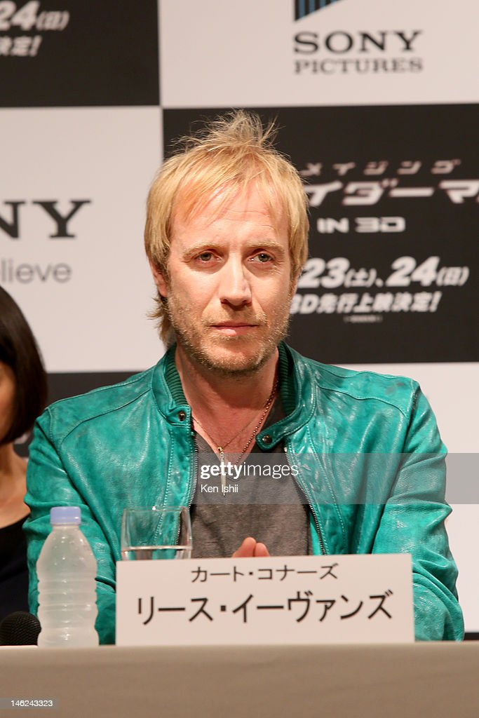 Actor <a gi-track='captionPersonalityLinkClicked' href=/galleries/search?phrase=Rhys+Ifans&family=editorial&specificpeople=204530 ng-click='$event.stopPropagation()'>Rhys Ifans</a> attends 'The Amazing Spider-Man' press conference at Roppongi on June 13, 2012 in Tokyo, Japan. The film will open on June 30, 2012 in Japan.