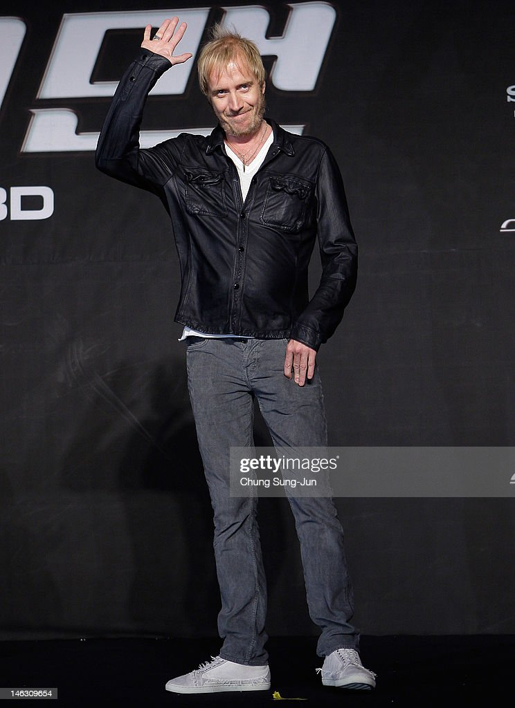 Actor <a gi-track='captionPersonalityLinkClicked' href=/galleries/search?phrase=Rhys+Ifans&family=editorial&specificpeople=204530 ng-click='$event.stopPropagation()'>Rhys Ifans</a> attends the 'The Amazing Spider-Man' Press Conference on June 14, 2012 in Seoul, South Korea. The film will open on June 28 in South Korea.