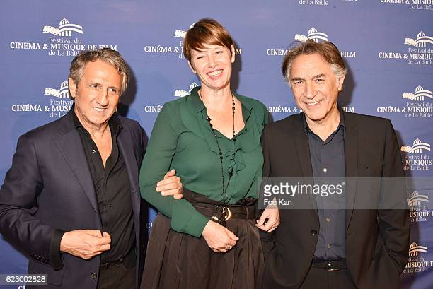 Actor Richard Anconina TV journalist Maitena Biraben and actor/director Richard Berry attend the Tribute to Lalo Schifrin Concert at Palais des...