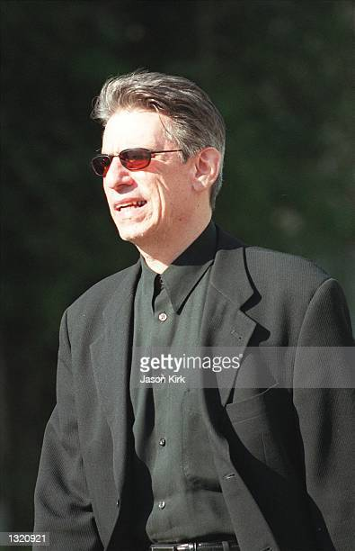 Actor Richard Belzer walks out of the Ivy restaurant after eating lunch December 20 2000 in Beverly Hills CA