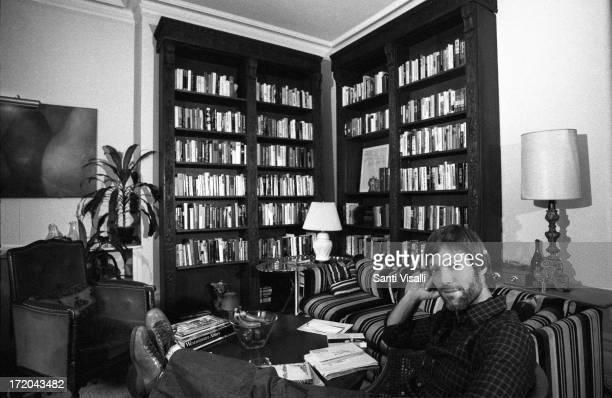 Actor Richard Chamberlain at home on November 101976 in New York New York