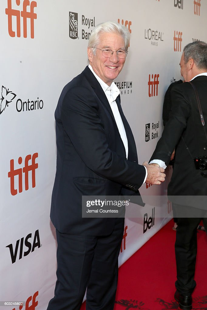 actor-richard-gere-attends-norman-the-moderate-rise-and-tragic-fall-picture-id603245802