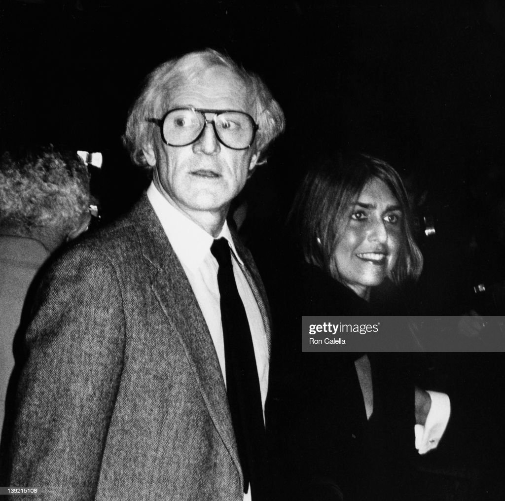 Actor Richard Harris and date Marion Fitzwater attending the premiere of 'Yentle' on November 16 1983 at the Ziegfeld Theater in New York City New...