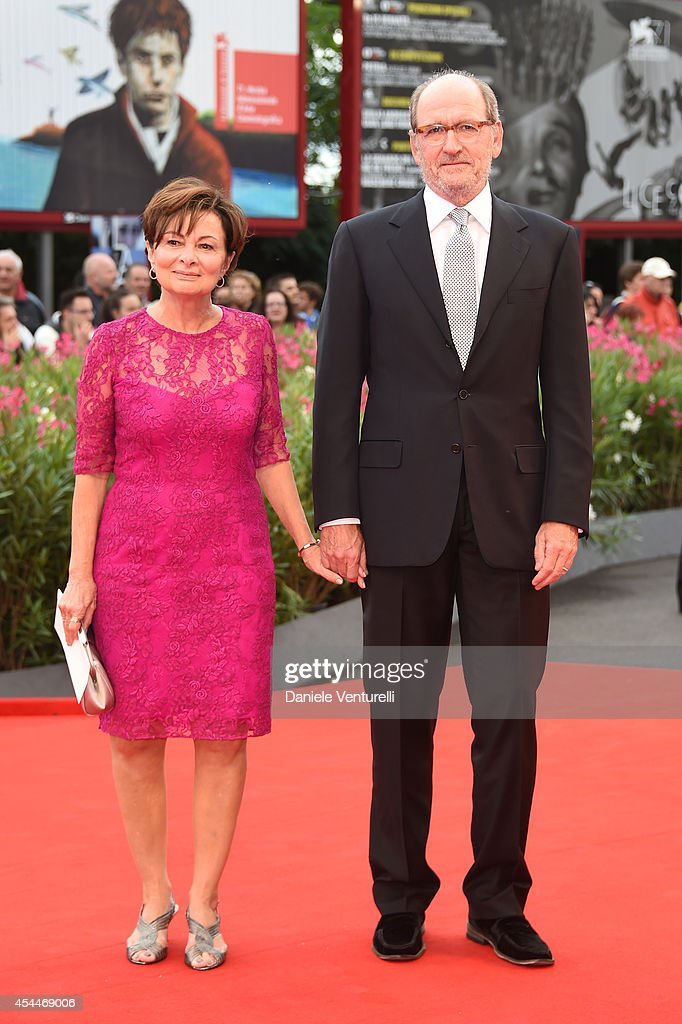 Actor <a gi-track='captionPersonalityLinkClicked' href=/galleries/search?phrase=Richard+Jenkins&family=editorial&specificpeople=944870 ng-click='$event.stopPropagation()'>Richard Jenkins</a> (R) and wife Sharon R. Friedrick attend the 'Olive Kitteridge Parts 1-2' premiere during the 71st Venice Film Festival at Sala Grande on September 1, 2014 in Venice, Italy.