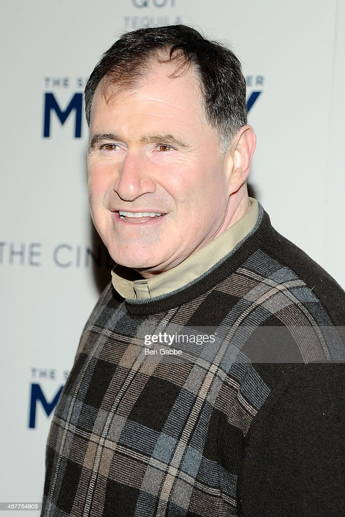 Actor <a gi-track='captionPersonalityLinkClicked' href=/galleries/search?phrase=Richard+Kind&family=editorial&specificpeople=216578 ng-click='$event.stopPropagation()'>Richard Kind</a> attends the 20th Century Fox with The Cinema Society & Brooks Brothers screening of 'The Secret Life of Walter Mitty' at The Museum of Modern Art on December 18, 2013 in New York City.