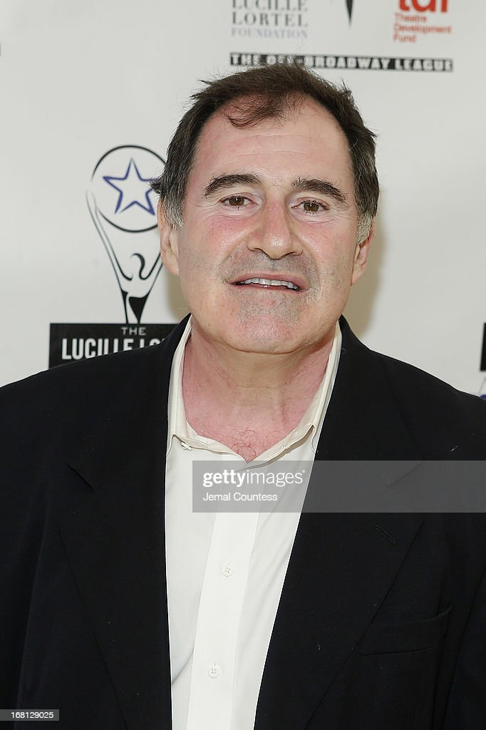 Actor <a gi-track='captionPersonalityLinkClicked' href=/galleries/search?phrase=Richard+Kind&family=editorial&specificpeople=216578 ng-click='$event.stopPropagation()'>Richard Kind</a> poses backstage at the 28th Annual Lucille Lortel Awards on May 5, 2013 in New York City.