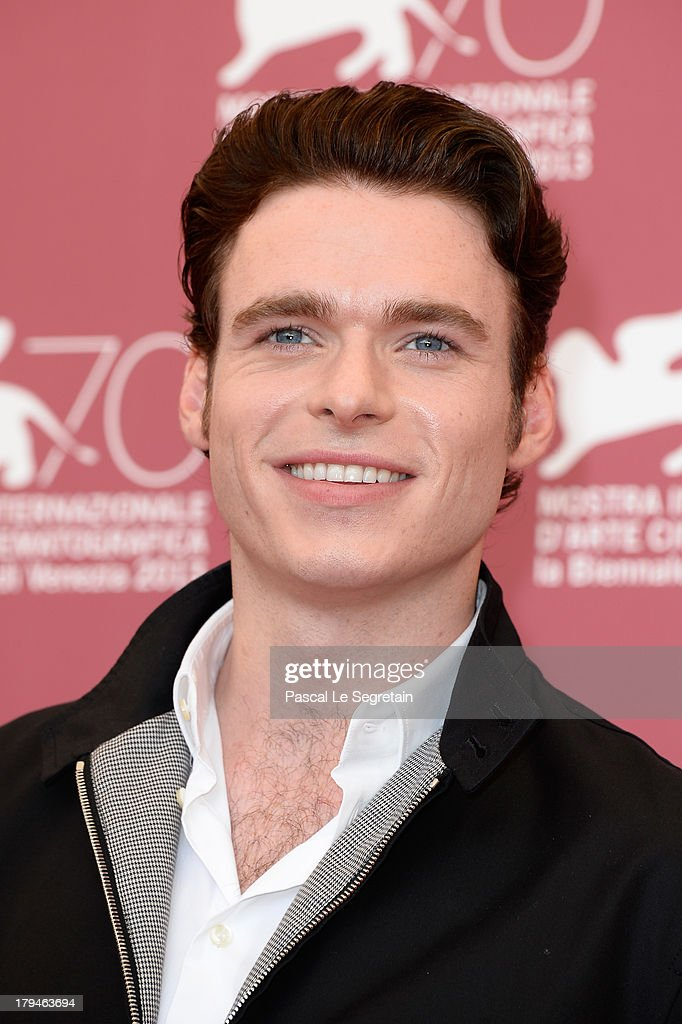 Actor <a gi-track='captionPersonalityLinkClicked' href=/galleries/search?phrase=Richard+Madden&family=editorial&specificpeople=8954998 ng-click='$event.stopPropagation()'>Richard Madden</a> attends 'Une Promesse' Photocall during the 70th Venice International Film Festival at Palazzo del Casino on September 4, 2013 in Venice, Italy.