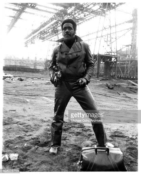 Actor Richard Roundtree on set of the movie 'Shaft's Big Score' circa 1972