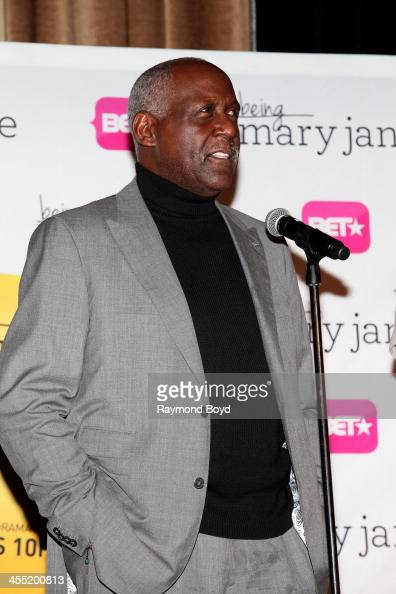 Actor Richard Roundtree speaks to the media during a luncheon and exclusive advanced screening in celebration of his BET series 'Being Mary Jane' in...