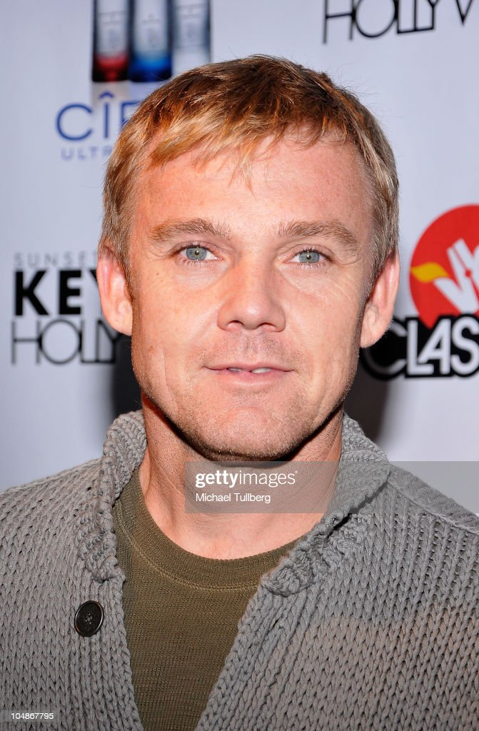 Actor <a gi-track='captionPersonalityLinkClicked' href=/galleries/search?phrase=Rick+Schroder&family=editorial&specificpeople=217988 ng-click='$event.stopPropagation()'>Rick Schroder</a> arrives at the premiere party for VH1 Classic's 'Rock 'N' Roll Fantasy Camp' TV show on October 5, 2010 in Los Angeles, California.