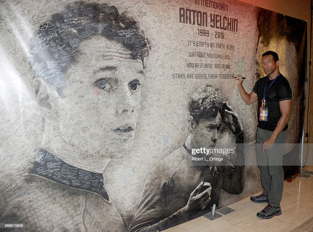 Actor Rico E. Anderson signs the Anton Yelchin Rememberance banner on day 4 of Creation Entertainment's Official Star Trek 50th Anniversary Convention at the Rio Hotel & Casino on August 6, 2016 in Las Vegas, Nevada.