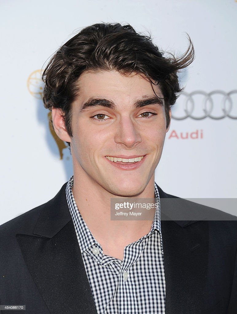 Actor <a gi-track='captionPersonalityLinkClicked' href=/galleries/search?phrase=RJ+Mitte&family=editorial&specificpeople=4542119 ng-click='$event.stopPropagation()'>RJ Mitte</a> arrives at the Television Academy's 66th Emmy Awards Performance Nominee Reception at the Pacific Design Center on Saturday, Aug. 23, 2014, in West Hollywood, California.