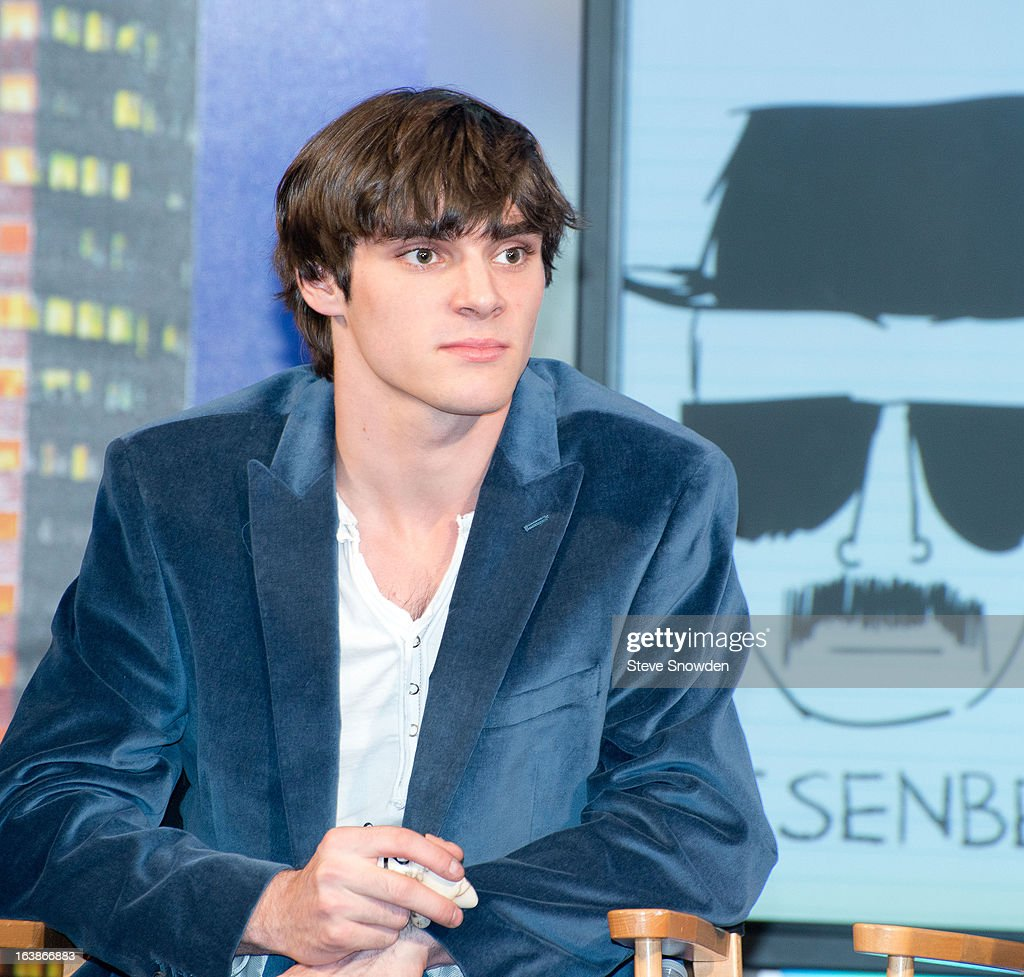 Actor <a gi-track='captionPersonalityLinkClicked' href=/galleries/search?phrase=RJ+Mitte&family=editorial&specificpeople=4542119 ng-click='$event.stopPropagation()'>RJ Mitte</a> speaks with the media prior to participating in a tribute during the ABQ Studios And Youth Development Inc. Honor The Cast Of 'Breaking Bad' on at Albuquerque Studios on March 16, 2013 in Albuquerque, New Mexico.