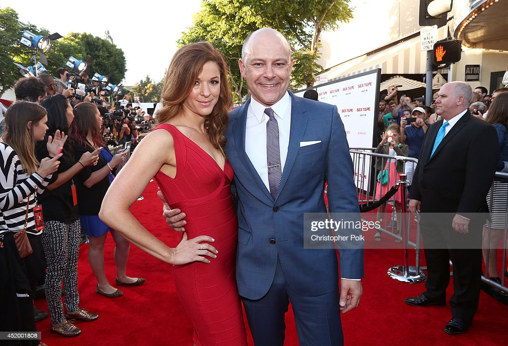 Actor <a gi-track='captionPersonalityLinkClicked' href=/galleries/search?phrase=Rob+Corddry&family=editorial&specificpeople=583934 ng-click='$event.stopPropagation()'>Rob Corddry</a> (R) and Sandra Corddry attend the premiere of Columbia Pictures' 'Sex Tape' at Regency Village Theatre on July 10, 2014 in Westwood, California.