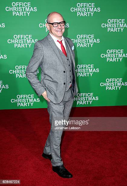 Actor Rob Corddry attends the LA Premiere of Paramount Pictures 'Office Christmas Party' at Regency Village Theatre on December 7 2016 in Westwood...