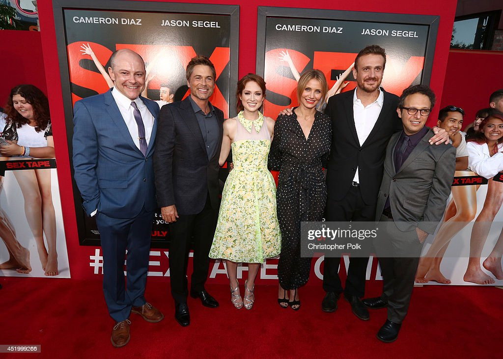 Actor <a gi-track='captionPersonalityLinkClicked' href=/galleries/search?phrase=Rob+Corddry&family=editorial&specificpeople=583934 ng-click='$event.stopPropagation()'>Rob Corddry</a>, <a gi-track='captionPersonalityLinkClicked' href=/galleries/search?phrase=Rob+Lowe&family=editorial&specificpeople=211607 ng-click='$event.stopPropagation()'>Rob Lowe</a>, <a gi-track='captionPersonalityLinkClicked' href=/galleries/search?phrase=Ellie+Kemper&family=editorial&specificpeople=6123842 ng-click='$event.stopPropagation()'>Ellie Kemper</a>, <a gi-track='captionPersonalityLinkClicked' href=/galleries/search?phrase=Cameron+Diaz&family=editorial&specificpeople=201892 ng-click='$event.stopPropagation()'>Cameron Diaz</a>, <a gi-track='captionPersonalityLinkClicked' href=/galleries/search?phrase=Jason+Segel&family=editorial&specificpeople=2220388 ng-click='$event.stopPropagation()'>Jason Segel</a> and filmmaker <a gi-track='captionPersonalityLinkClicked' href=/galleries/search?phrase=Jake+Kasdan&family=editorial&specificpeople=661996 ng-click='$event.stopPropagation()'>Jake Kasdan</a> attend the premiere of Columbia Pictures' 'Sex Tape' at Regency Village Theatre on July 10, 2014 in Westwood, California.