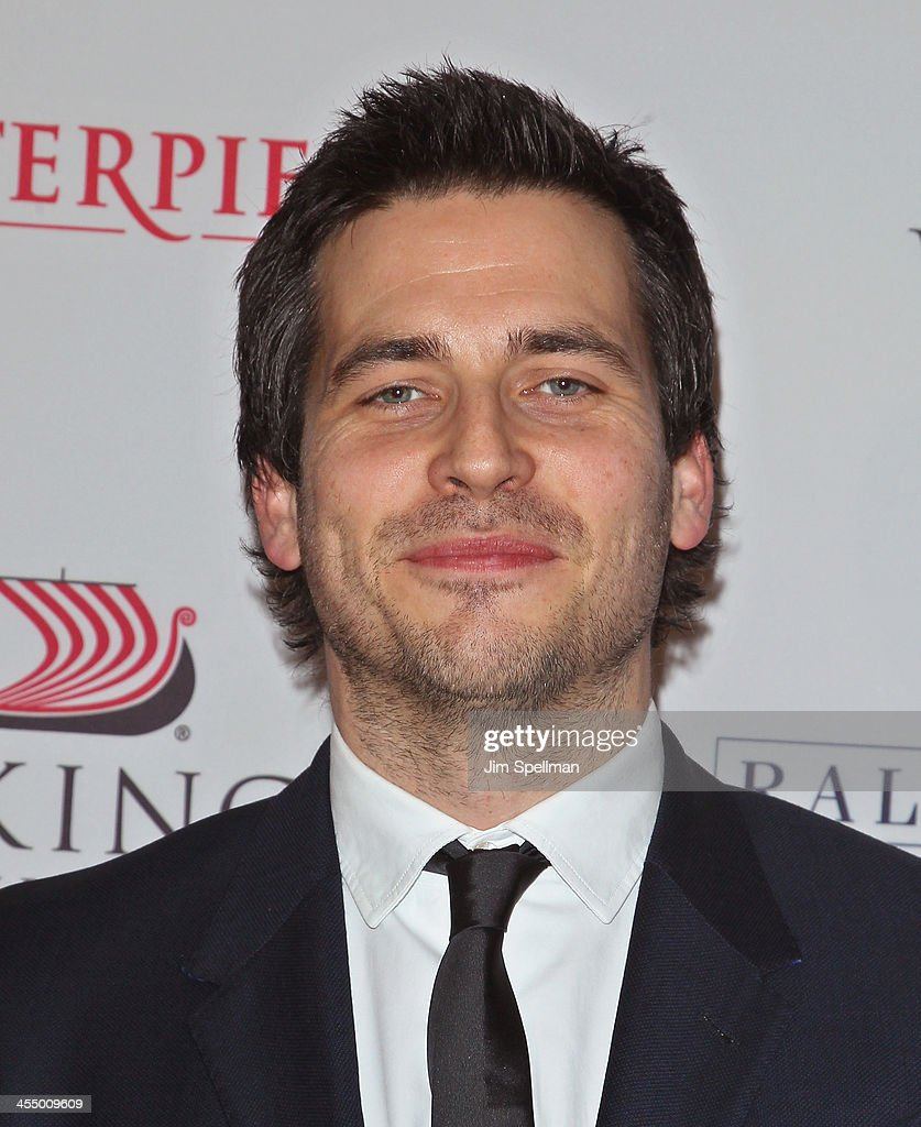 Actor <a gi-track='captionPersonalityLinkClicked' href=/galleries/search?phrase=Rob+James-Collier&family=editorial&specificpeople=7201395 ng-click='$event.stopPropagation()'>Rob James-Collier</a> attends 'Downton Abbey' Season Four cast photo call at Millenium Hotel on December 10, 2013 in New York City.