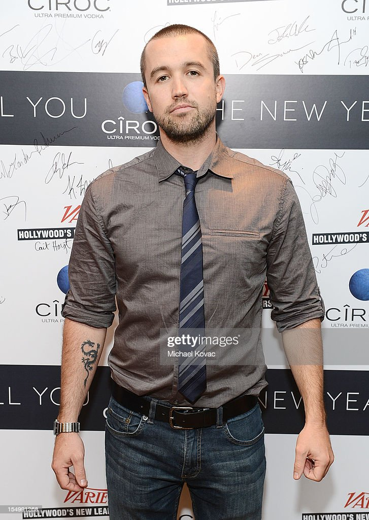 Actor <a gi-track='captionPersonalityLinkClicked' href=/galleries/search?phrase=Rob+McElhenney&family=editorial&specificpeople=537737 ng-click='$event.stopPropagation()'>Rob McElhenney</a> attends Variety's Hollywood's New Leaders presented by Ciroc Vodka at Soho House on October 29, 2012 in West Hollywood, California.