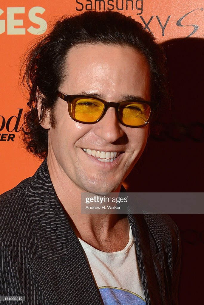 Actor <a gi-track='captionPersonalityLinkClicked' href=/galleries/search?phrase=Rob+Morrow&family=editorial&specificpeople=241561 ng-click='$event.stopPropagation()'>Rob Morrow</a> attends The Cinema Society with The Hollywood Reporter & Samsung Galaxy S III host a screening of 'The Oranges' at Tribeca Screening Room on September 14, 2012 in New York City.