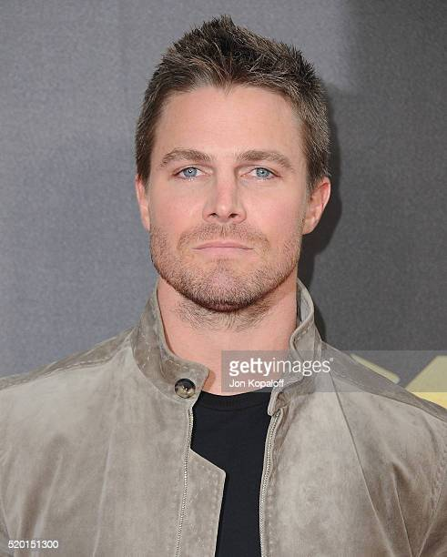 Actor Robbie Amell arrives at the 2016 MTV Movie Awards at Warner Bros Studios on April 9 2016 in Burbank California