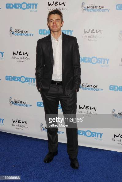 Actor Robert Buckley attends the Generosity Water's 5th annual night of Generosity benefit held at the Beverly Hills Hotel on September 6 2013 in...