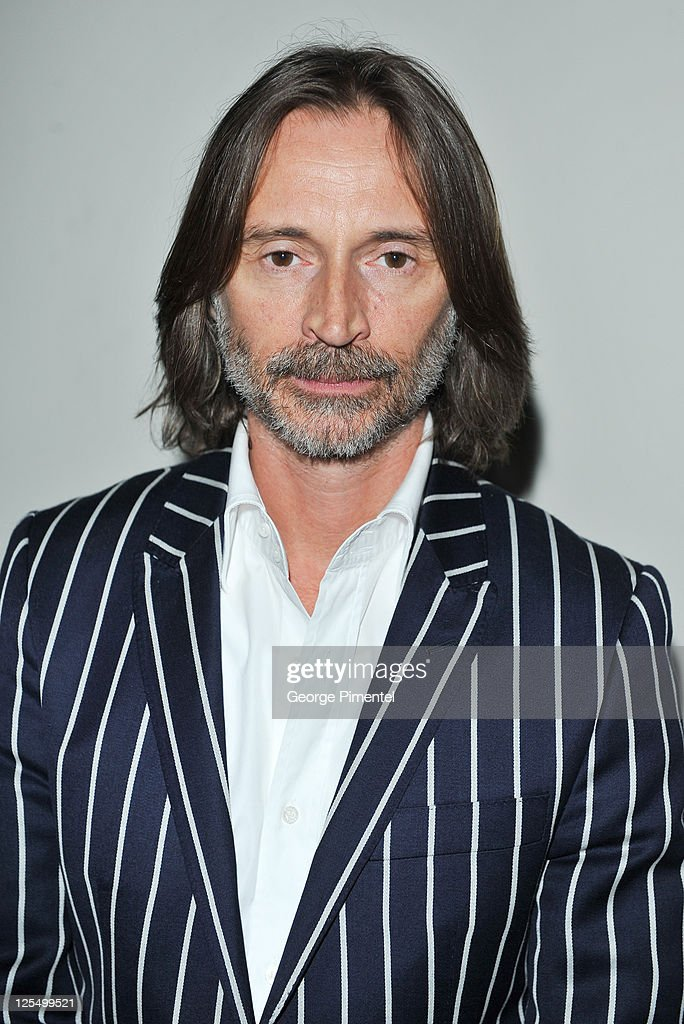 Actor Robert Carlyle attends the Innerspace Stargate Universe Special at the Masonic Temple on November 12, 2010 in Toronto, Canada.