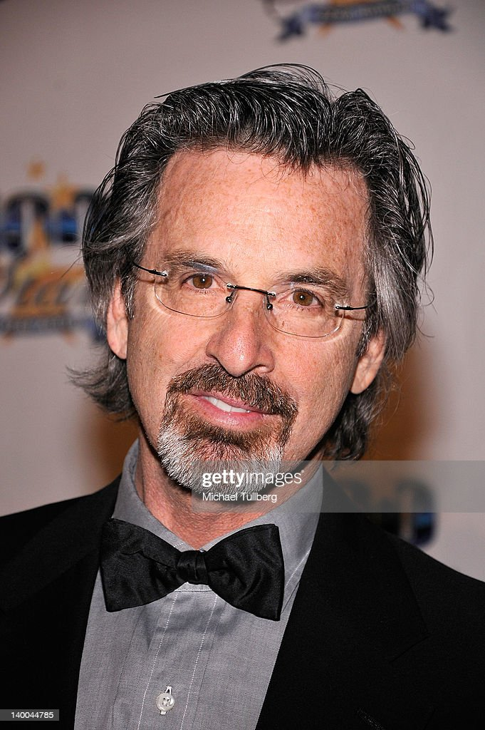 Actor <a gi-track='captionPersonalityLinkClicked' href=/galleries/search?phrase=Robert+Carradine&family=editorial&specificpeople=807672 ng-click='$event.stopPropagation()'>Robert Carradine</a> arrives at Norby Walters' 22nd Annual Night Of 100 Stars Viewing Gala at the Beverly Hills Hotel on February 26, 2012 in Beverly Hills, California.