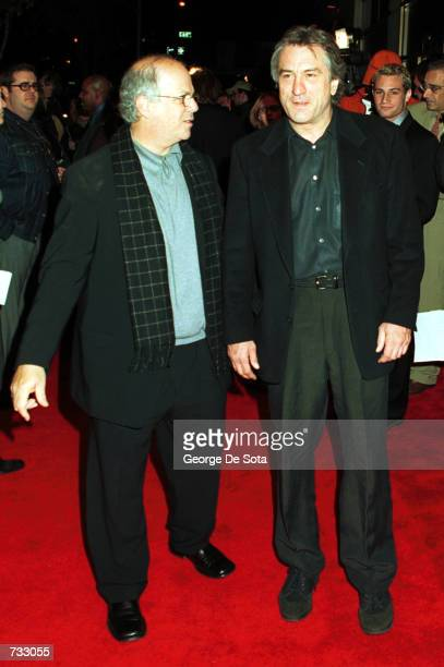 Actor Robert De Niro arrives October 22 2000 at the special screening of 'Men of Honor' at the United Artists Theater in New York City
