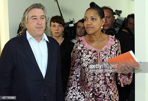 US actor Robert De Niro arrives with his wife for a press conference on his late father Robert De Niro Senior painting exhibition 18 June 2005 in 'La...