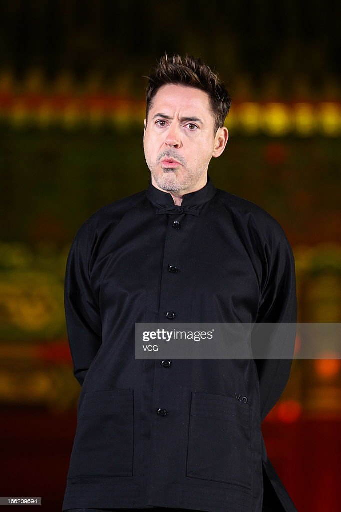 Actor <a gi-track='captionPersonalityLinkClicked' href=/galleries/search?phrase=Robert+Downey+Jr.&family=editorial&specificpeople=204137 ng-click='$event.stopPropagation()'>Robert Downey Jr.</a> attends 'Iron Man 3' Beijing premiere at the Forbidden City on April 6, 2013 in Beijing, China.