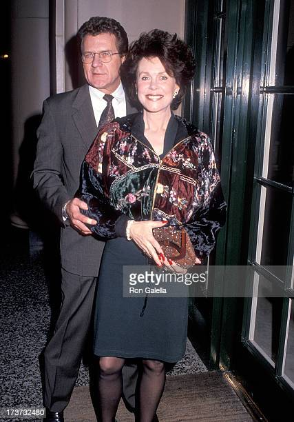 Actor Robert Foxworth and actress Elizabeth Montgomery attend the People for the American Way's Sixth Annual 'Spirit of Liberty' Award Salute to Don...