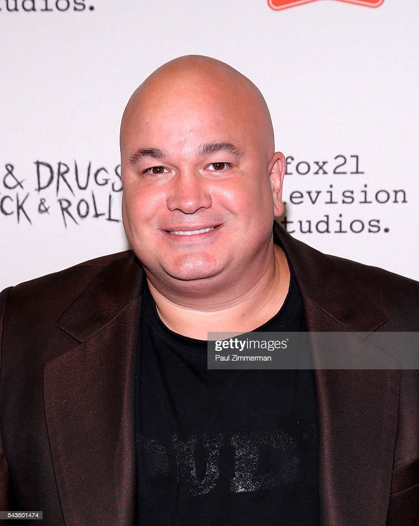 Actor Robert Kelly attends 'Sex&Drugs&Rock&Roll' Season 2 Premiere at AMC Loews 34th Street 14 theater on June 28, 2016 in New York City.
