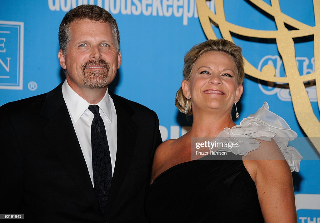 Actor Robert Newman (L) and actress Kim Zimmer pose in the press room at the 36th Annual Daytime Emmy Awards at The Orpheum Theatre on August 30, 2009 in Los Angeles, California.
