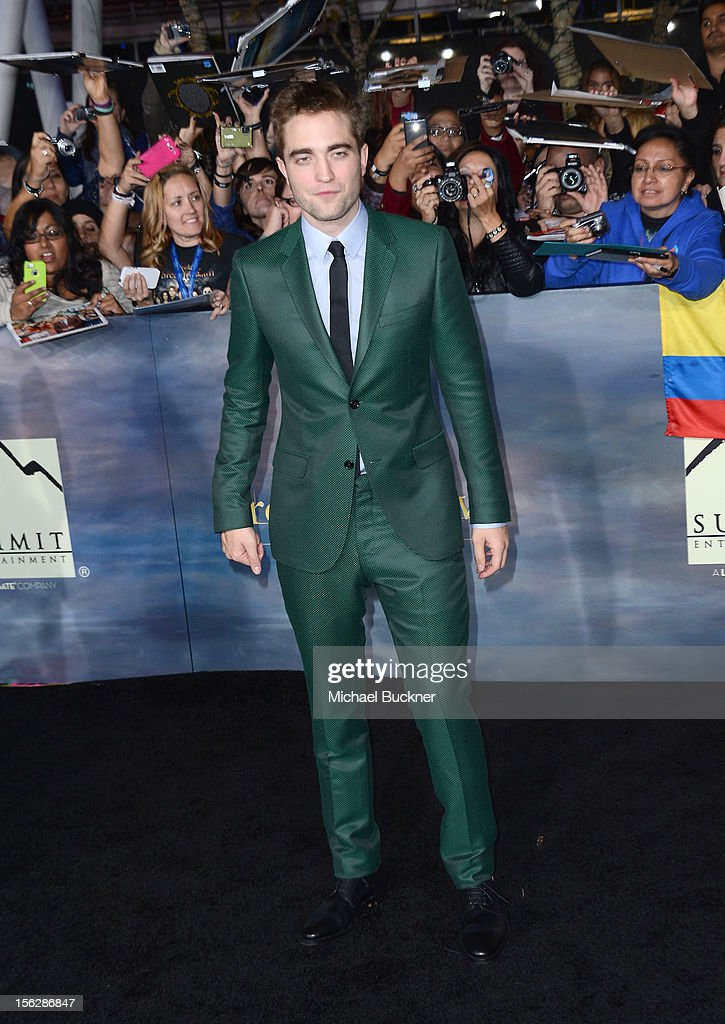 Actor <a gi-track='captionPersonalityLinkClicked' href=/galleries/search?phrase=Robert+Pattinson&family=editorial&specificpeople=734445 ng-click='$event.stopPropagation()'>Robert Pattinson</a> arrives at the premiere of Summit Entertainment's 'The Twilight Saga: Breaking Dawn Part 2' at Nokia Theatre L.A. Live on November 12, 2012 in Los Angeles, California.