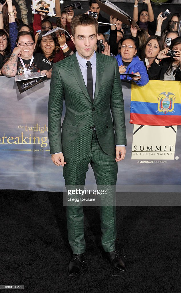 Actor <a gi-track='captionPersonalityLinkClicked' href=/galleries/search?phrase=Robert+Pattinson&family=editorial&specificpeople=734445 ng-click='$event.stopPropagation()'>Robert Pattinson</a> arrives at 'The Twilight Saga: Breaking Dawn - Part 2' Los Angeles premiere at Nokia Theatre L.A. Live on November 12, 2012 in Los Angeles, California.