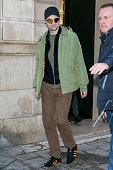 Robert Pattinson Sighting in Paris-  January 19